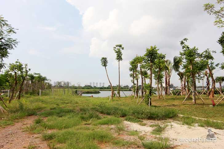 hutan kota taman kota ria rio jakarta