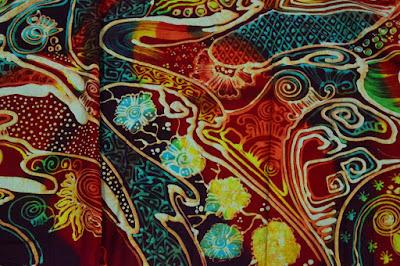 Ini Dia Perbedaan Batik Abstrak Dan Batik Tradisional