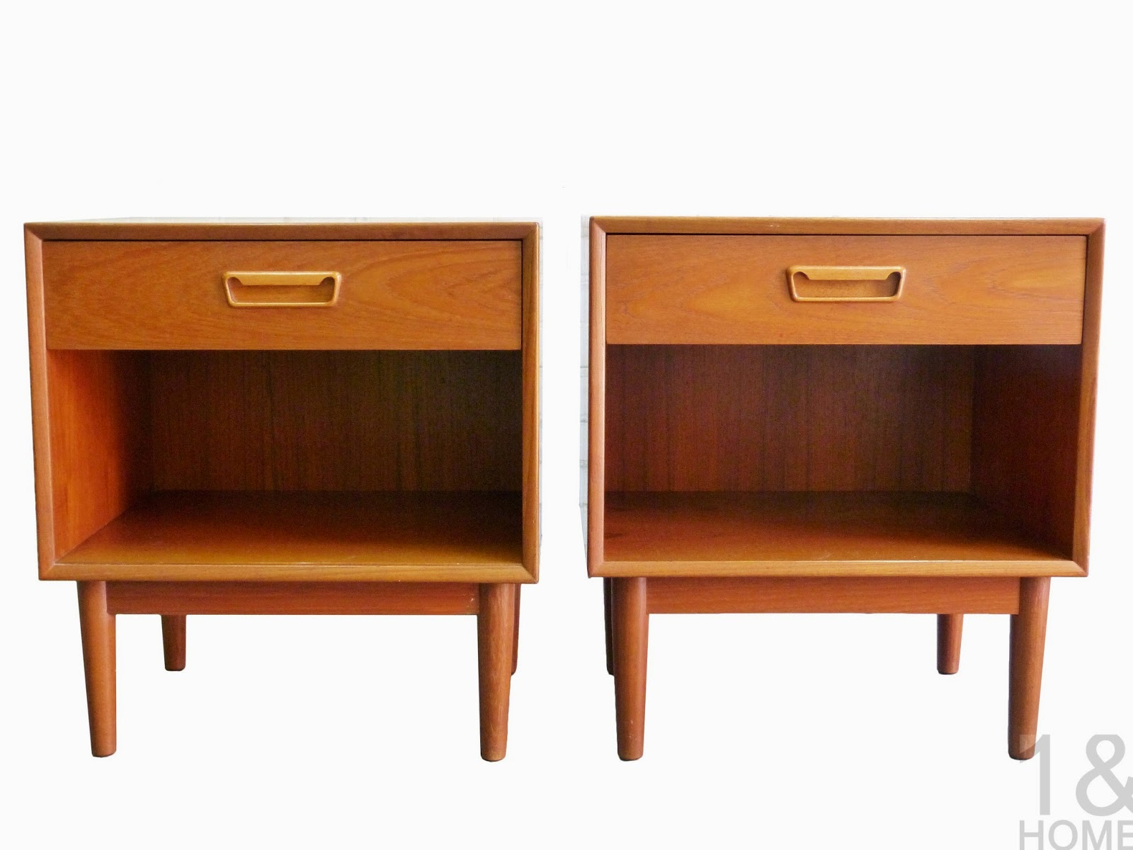 Westnofa Danish Modern Mid-Century pair of Nightstands