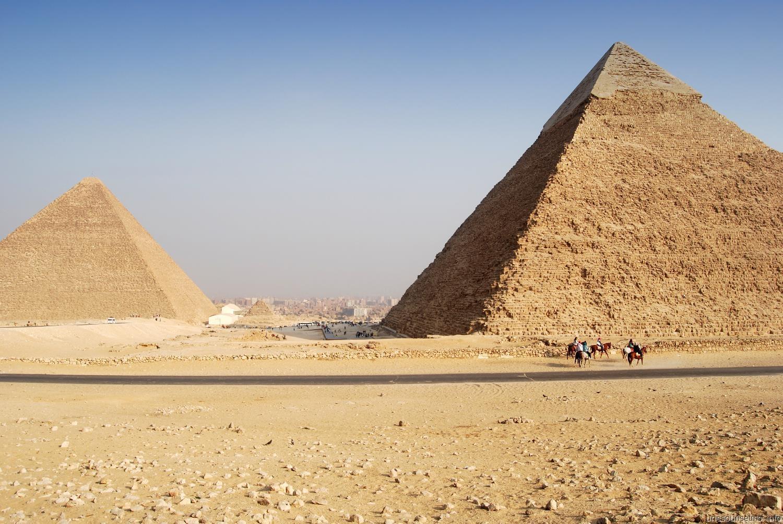 Les pyramides du Caire regorgent de mystères