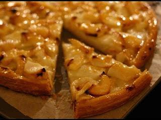 فطيرة التفاح طريقة عمل فطيرة التفاح في المنزل بالمقادير وطريقة التحضير
