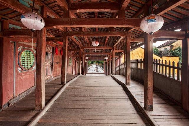 Japanese Covered Bridge Hoi An Interior.