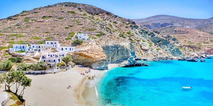 Agkali Beach, Folegandros, Grecia