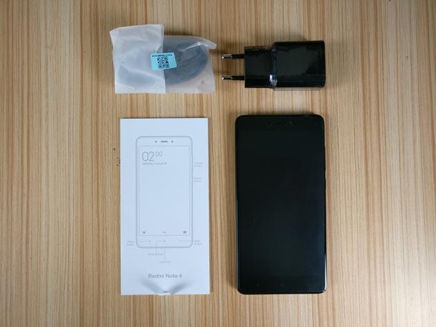 Isi kotak Xiaomi Redmi Note 4