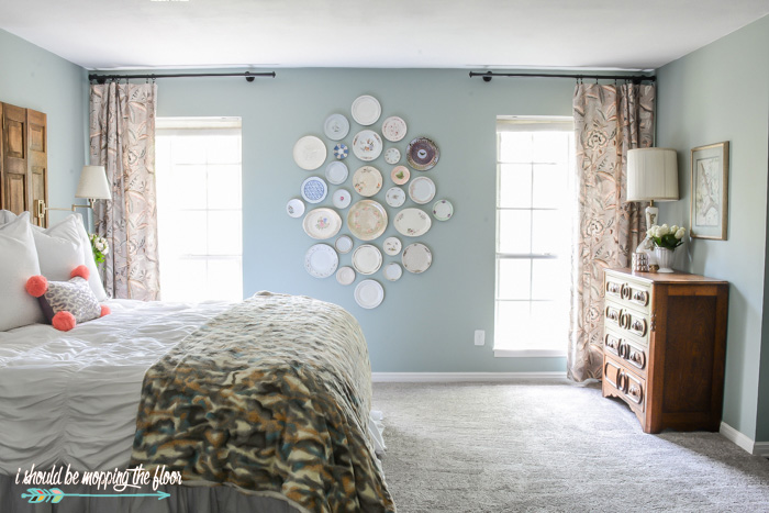 Bedroom Plate Wall