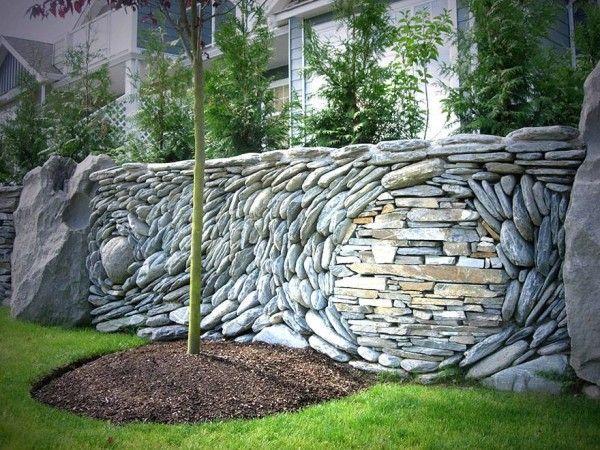 pagar batu alam