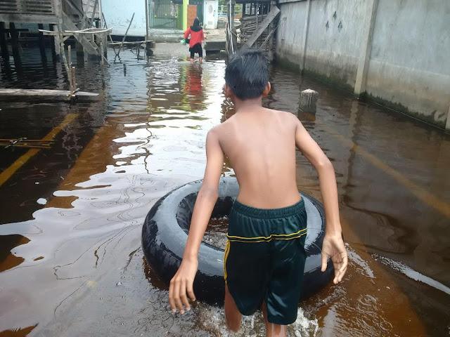Sungai Batang Hari Abab Meluap, Warga Kebanjiran