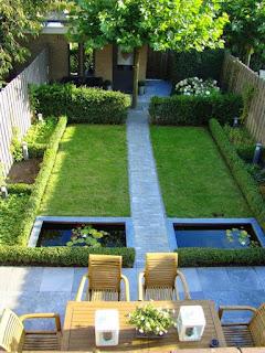 jardin con lagos de agua artificiales