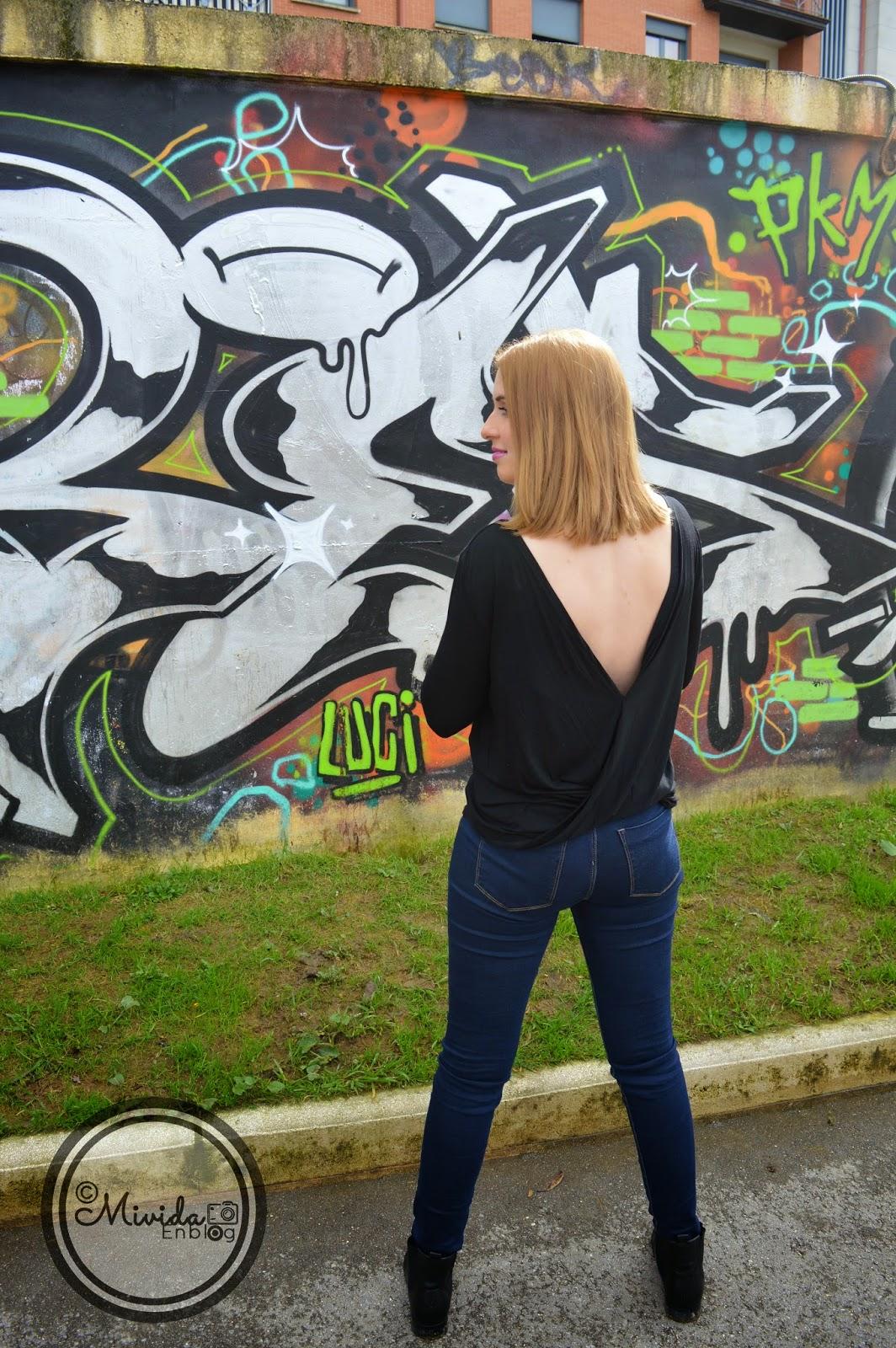 Outfit Grafiti