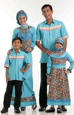 contoh baju sepasang keuarga model batik muslim