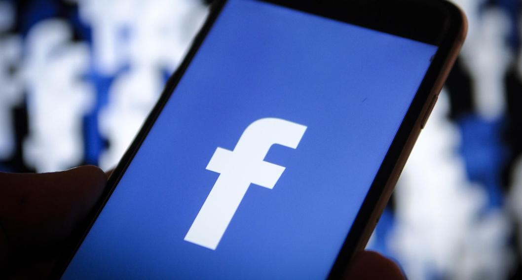 فيسبوك تنفي مزاعم اجبار موظفيها على استخدام هواتف اندرويد