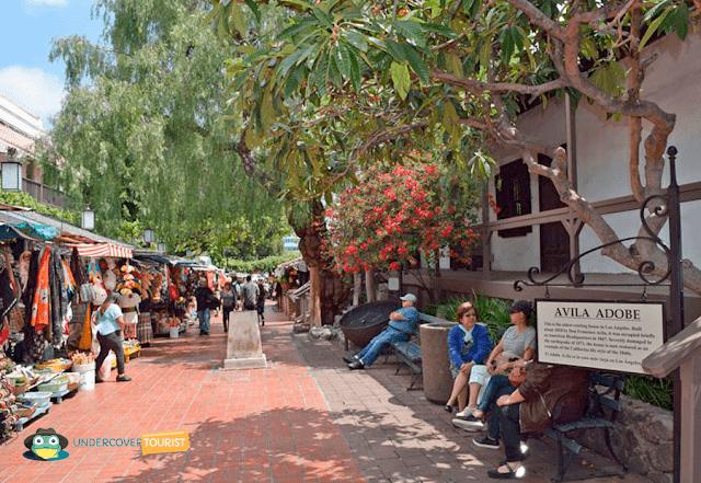 La Calle Olvera es una de las más turísticas de Los Angeles.