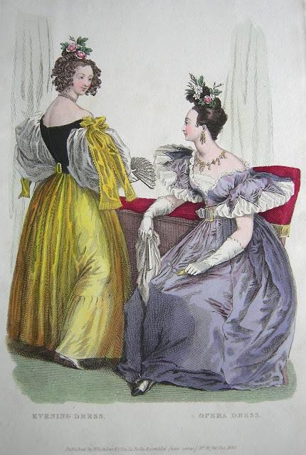 b0de80bd47 Opera öltözék barack és levendula színjátszó gros d'Automne szövetből,  blond csipke chemisettel (előing), fehér szaténból és ...