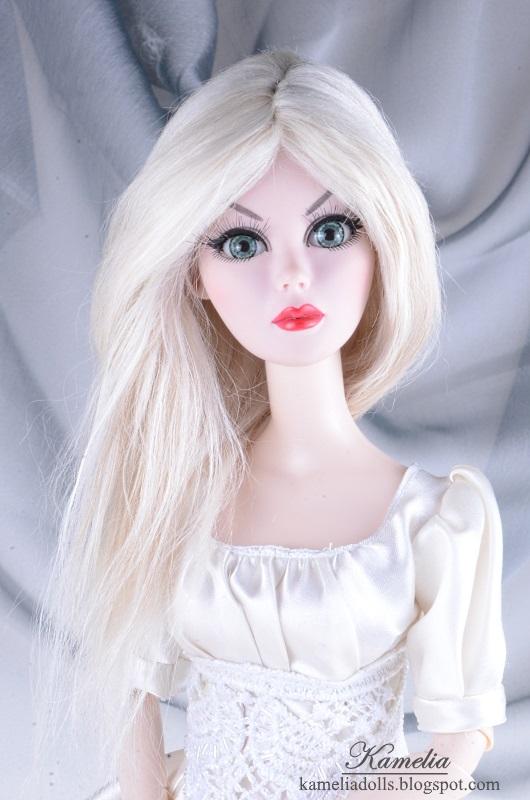 Tonner doll Evangeline alpaca wig.