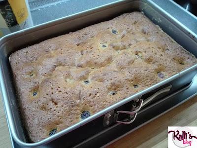 Μαλακό κέικ με κεράσια! Συνταγή. Kalli's blog