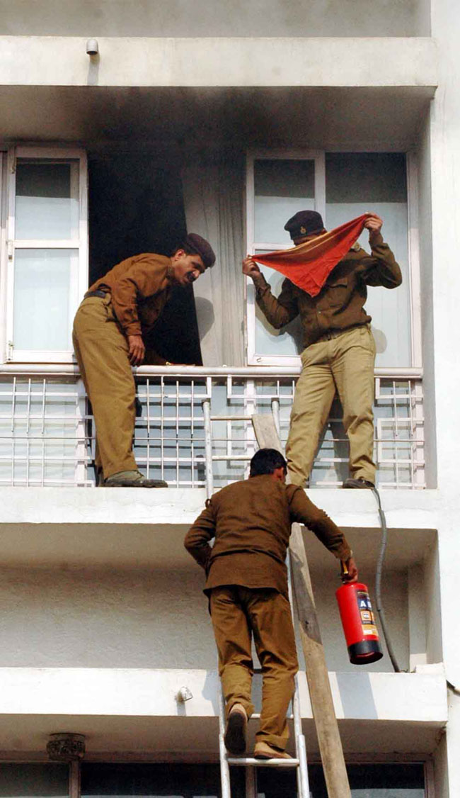 View Patna: Fire breaks out in UNICEF office in Patna