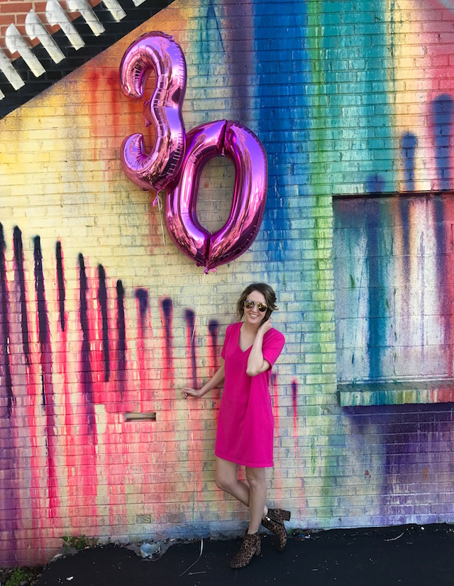 houston mural, turning 30, milestone birthday, 30th birthday balloons, austin blogger, texas blogger, houston blogger, fashion blog, jesse coulter blog