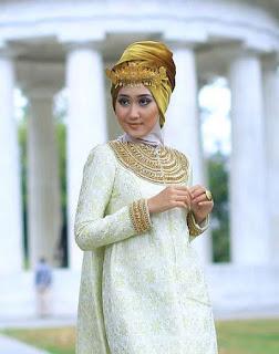 Model Baju Lebaran Dian Pelangi