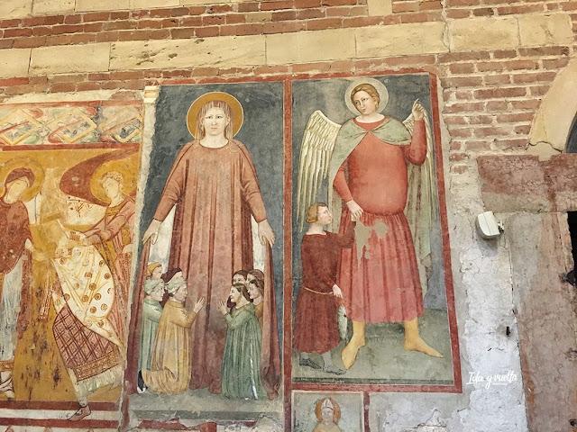San Zeno Verona frescos donantes y ángel