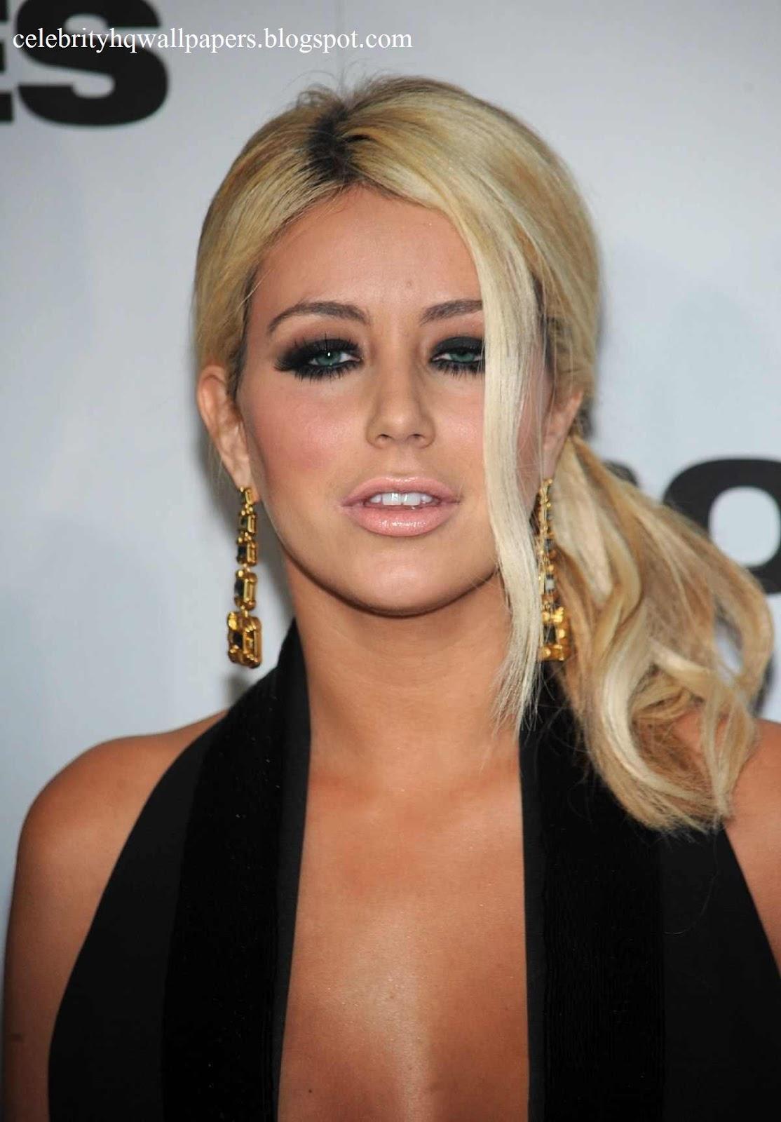 People top 25 celebrity hot list