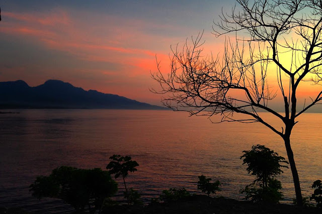 sunset bukit asah karangasem