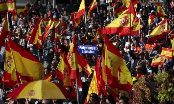 Mandatario belga se deslinda de oferta de asilo a Puigdemont