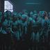 """Sia e Maddie Ziegler expõem o cativeiro da Beyoncé no clipe de """"The Greatest"""""""