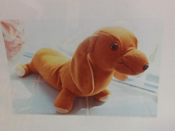 Erään mäyräkoiran tarina (virkattu pehmolelu) - The story of a sausage dog (crocheted plush toy)