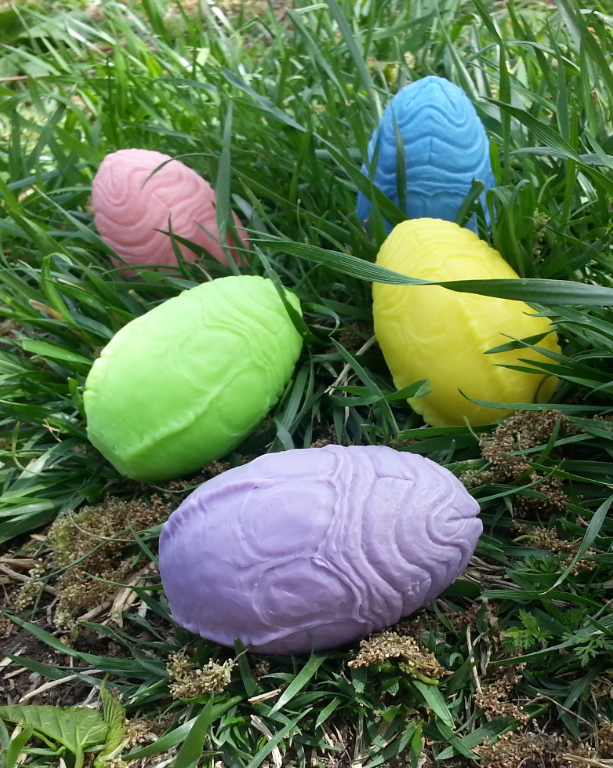 Xeaster Egg Alien Resin Figures by Motorbot