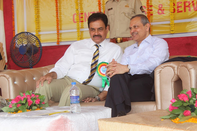 Shri Dilip Vengsarkar, Former Cricket Player and Sanjay Kumar Patra Chief Commissioner, Income Tax Mumbai