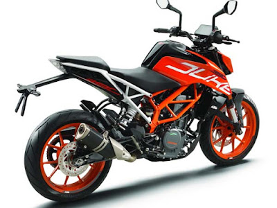 2017 KTM Duke 390 right side look
