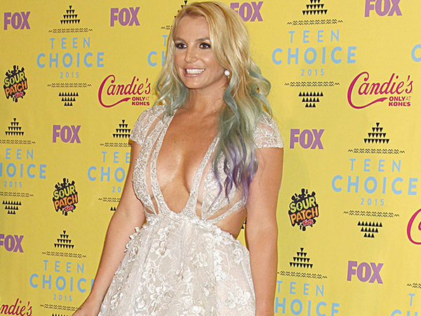 Britney Spears mostrou demais no Teen Choice Awards