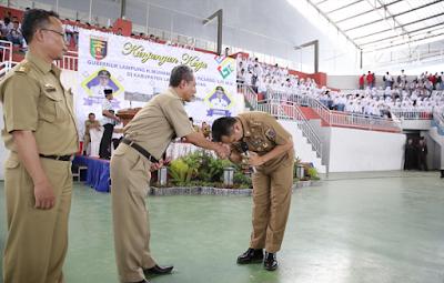 Gubernur Ridho: Setinggi Apapun Jabatanmu, Di Hadapan Guru Engkau Tetaplah Seorang Murid