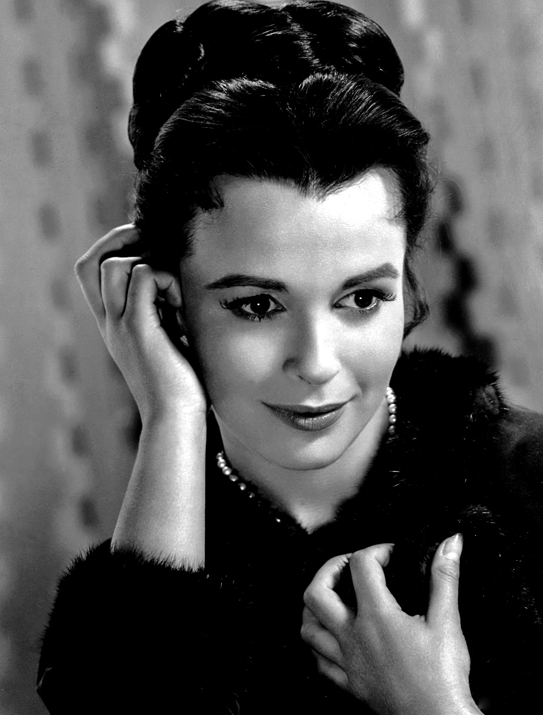 biographies ii claire bloom