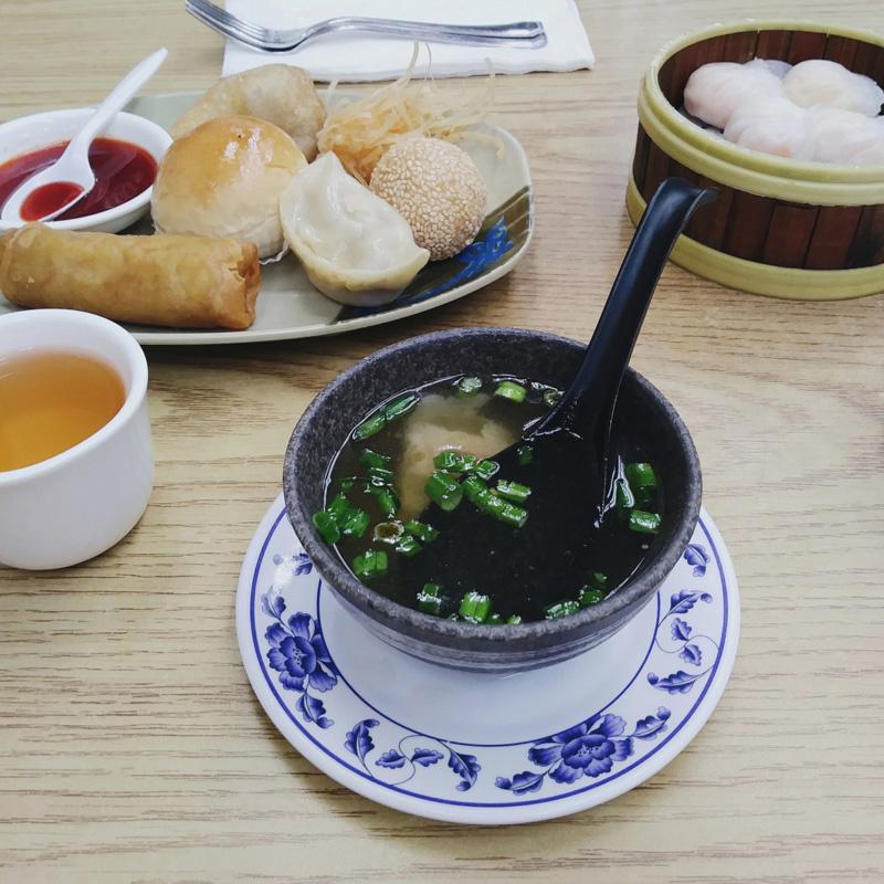 dimsumy w chińskiej restauracji w Chinatown, San Francisco