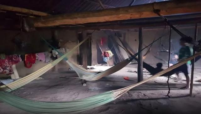 Indios Yanomamis de la frontera entre Brasil y Venezuela son afectados por sarampión