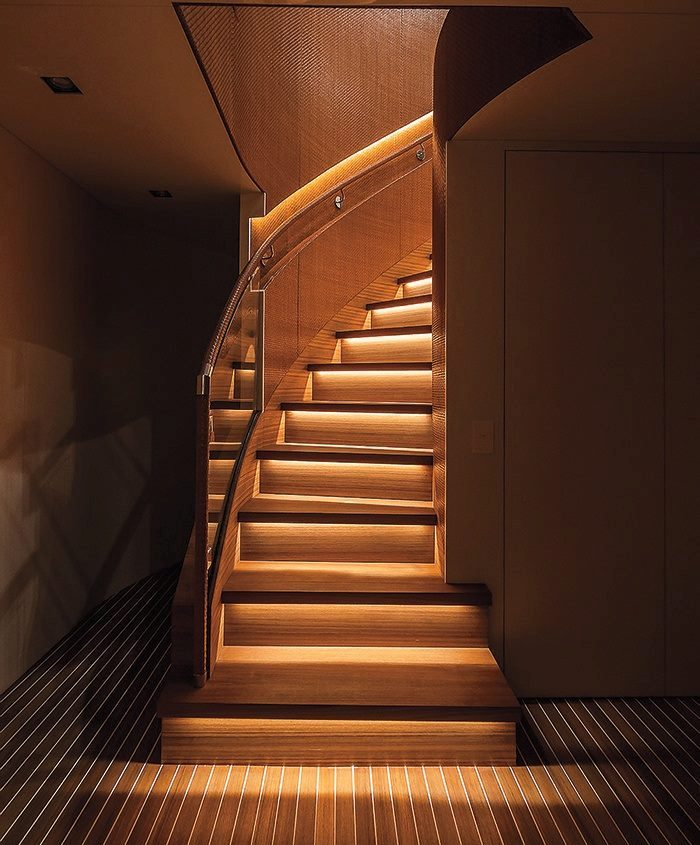 Difference Between Modern And Contemporary: LED Stairs Lighting Ideas For Modern And Contemporary