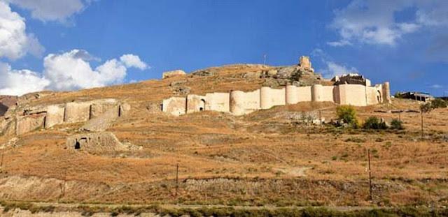 Los turcos se atribuyen la fortaleza armenia Tevrik