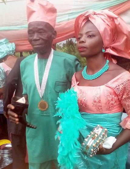 Beautiful Young Girl Marries An Older Man In Anambra