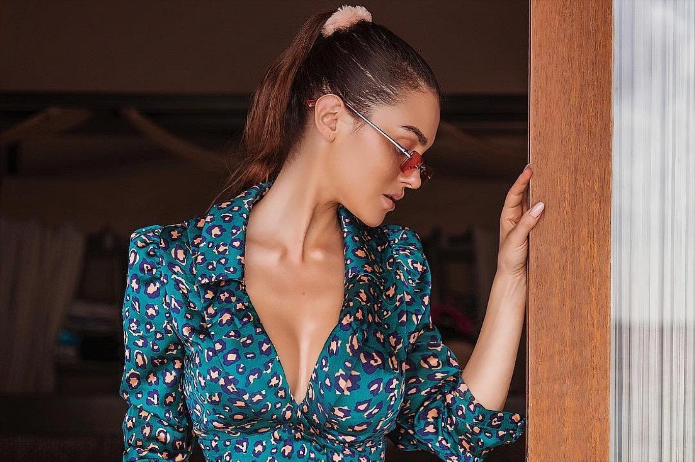 Silvia Caruso Latest HD Wallpaper