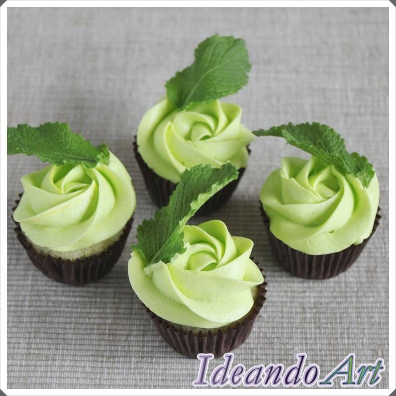 Cupcakes de mojito con hierbabuena