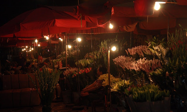 Six famous Tet flower markets in Hanoi 1