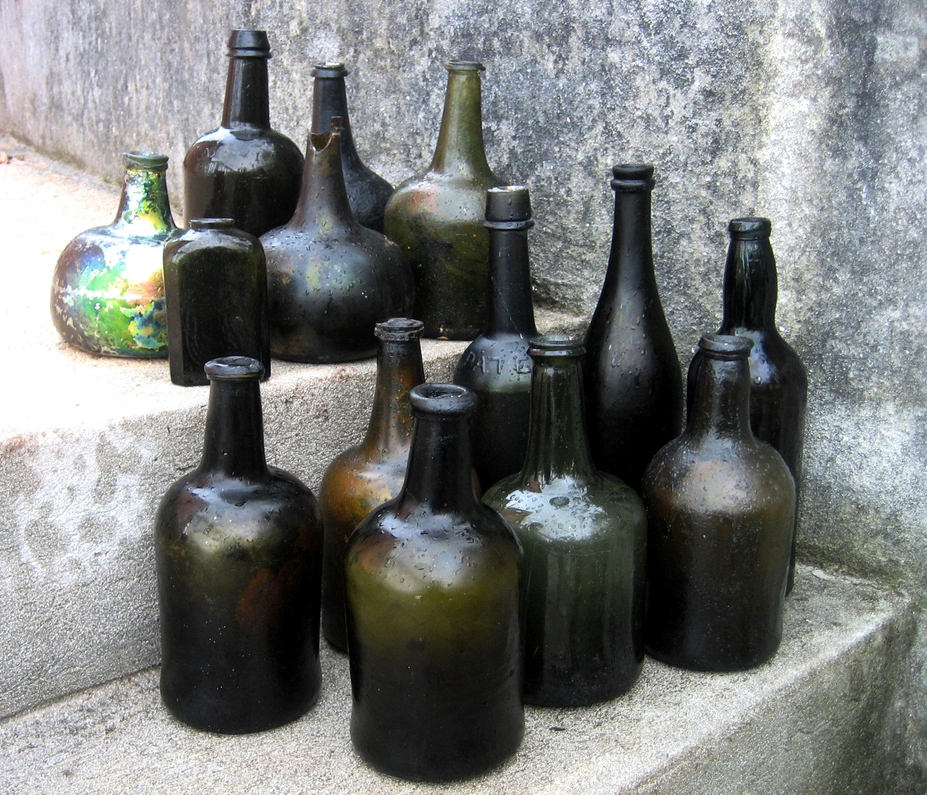 Dating black glass bottles