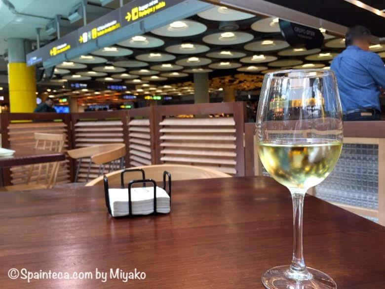 スペイン直行便!マドリード・バラハス空港