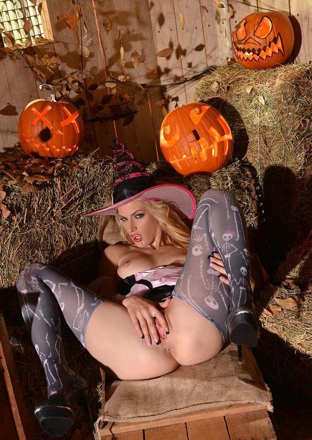 Halloween sex f