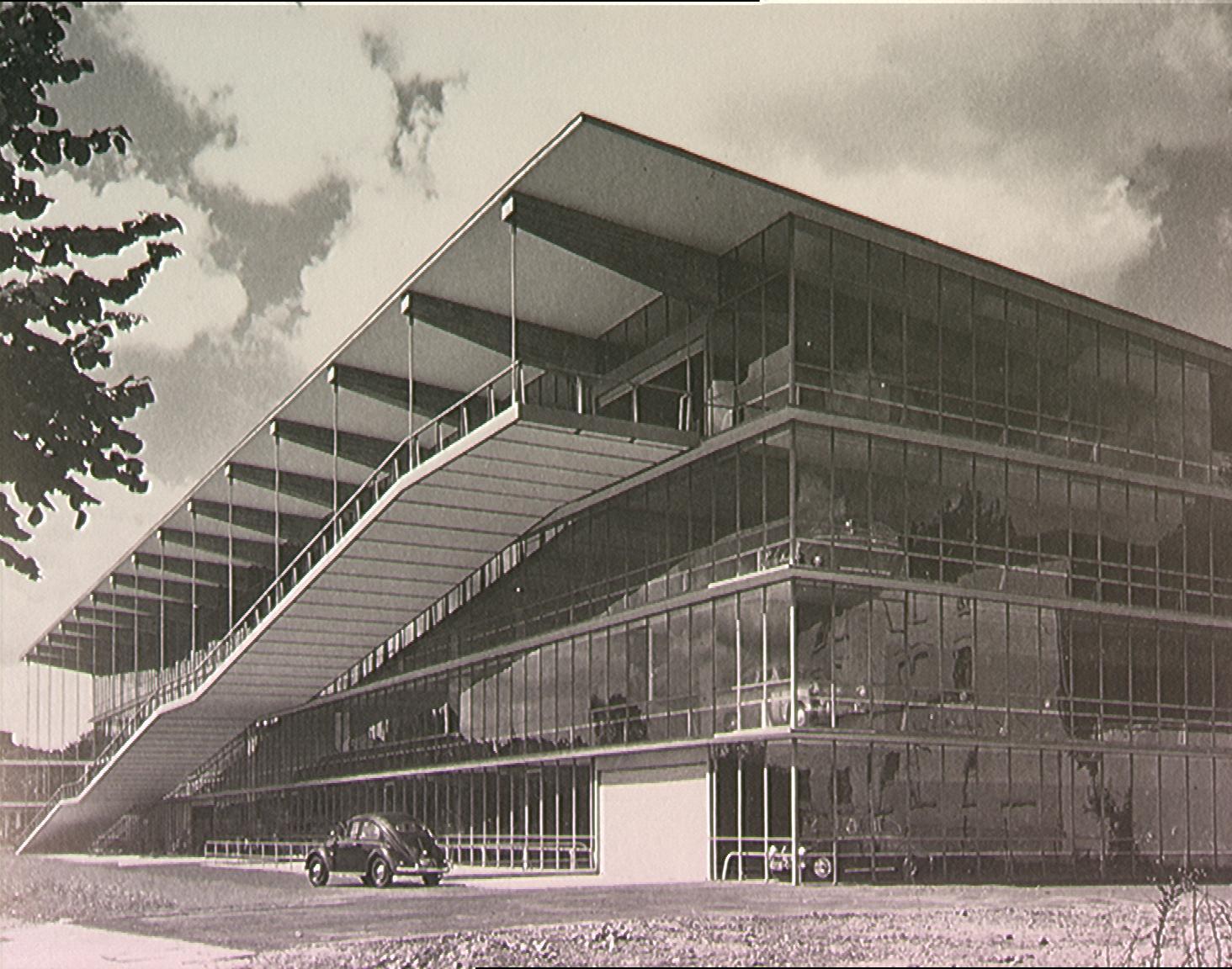 Konstruktivismus Architektur: THEN AND NOW: Die Garage Und Die Band
