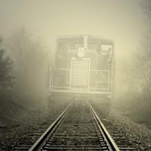 Bikin Merinding! 4 Kisah Misteri di Jalur Kereta Api