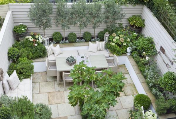 Un giardino dal sapore mediterraneo blog di arredamento for Costruttori di case in stile vittoriano