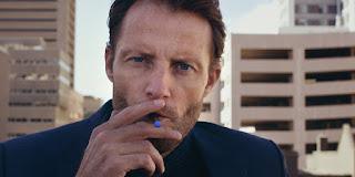 fokusiert rauchen wie ein laserstrahl