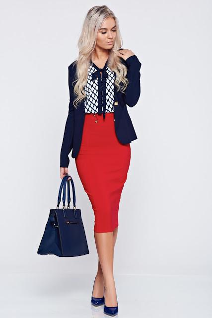 Looks con faldas rojas